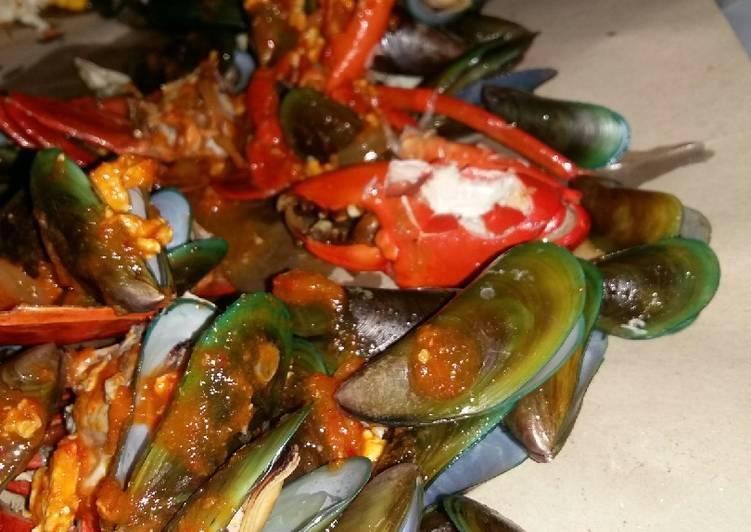 Cara Menyiapkan Seafood Mix Saos Padang Ala Cut The Crab Mudah Banget Resep Masakanku