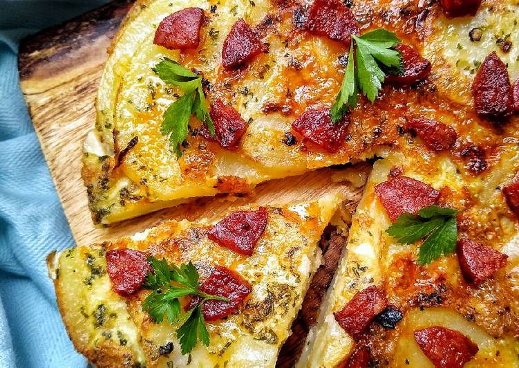 Steps to Make Perfect Spanish Omelette With Crispy Chorizo