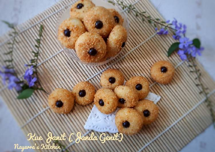Kue Janit (Janda Genit) - cookandrecipe.com