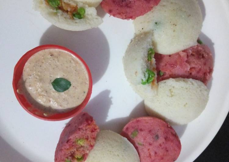 Steps to Make Perfect Vegetables filled Rava idli