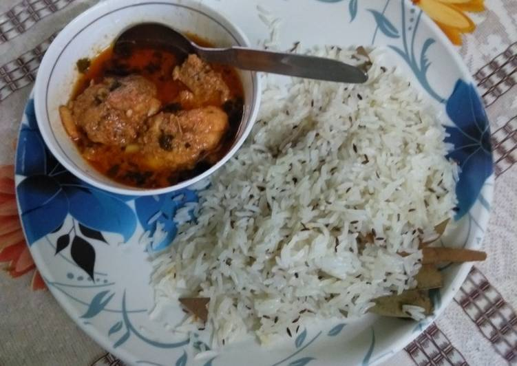 Chicken tikka masala with jeera rice