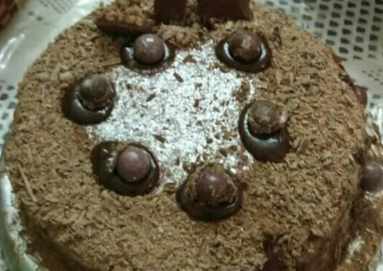 Steps to Prepare Favorite Cadbury Hot Chocolate Cake