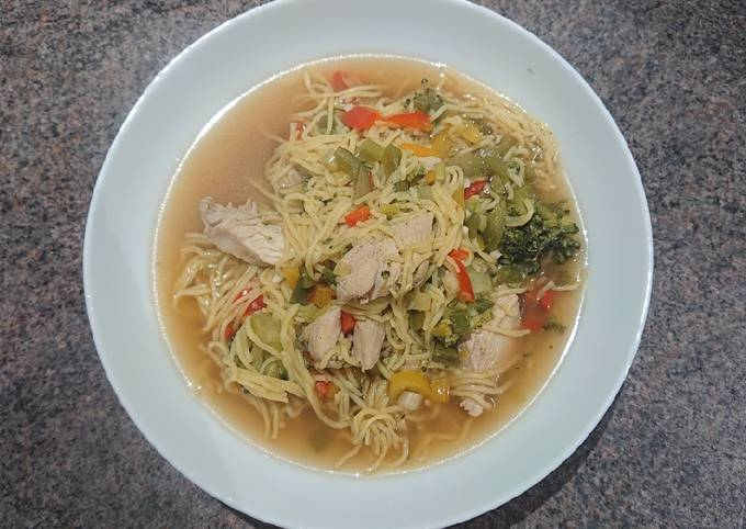 Chicken and Broccoli Noodle Steamboat