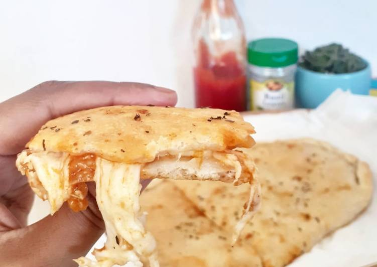 Calzone (Pizza Lipat)