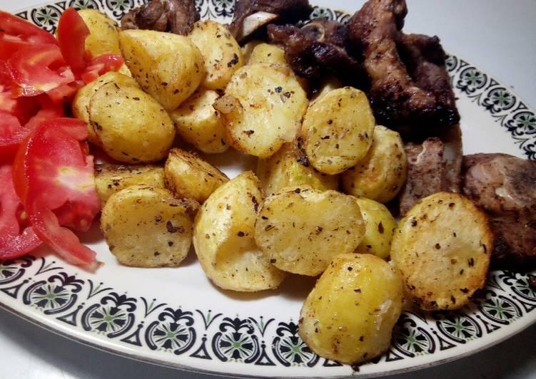 Simple Way to Prepare Favorite Oregano lamb chops with potatoes