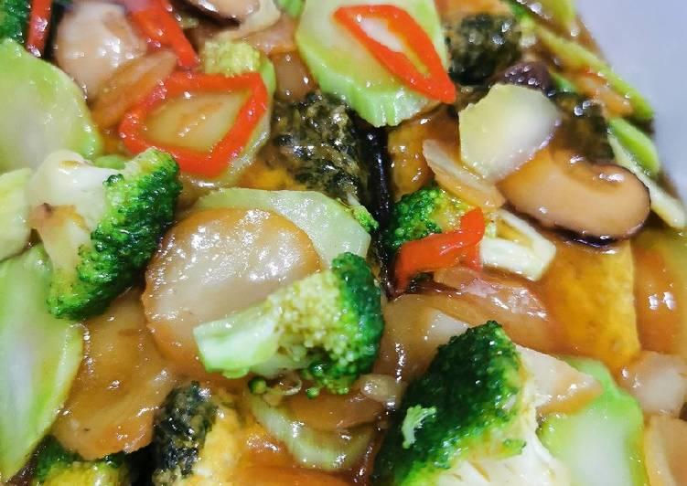 Tofu telur masak brokoli saos tiram