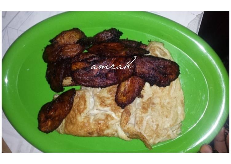 Fried plantain and egg 2