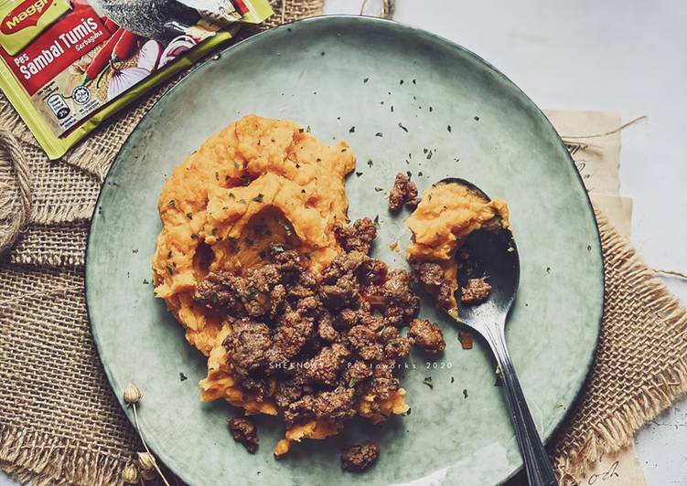 Sweet Potato Mashed with Chilli Beef