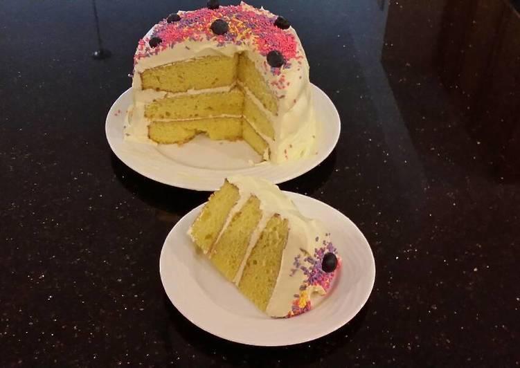 Fresh Lemon Layer Cake