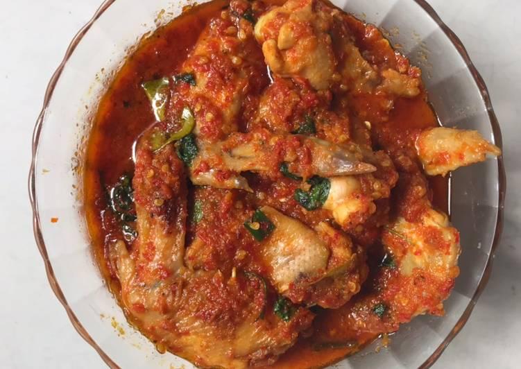 Langkah Mudah untuk Menyiapkan Ayam Woku Kemangi Pedas yang Enak Banget