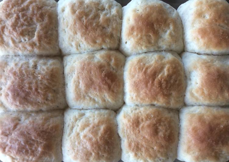 Grandma's Hot Rolls