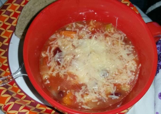 Slow cooker vegetarian pasta fagioli