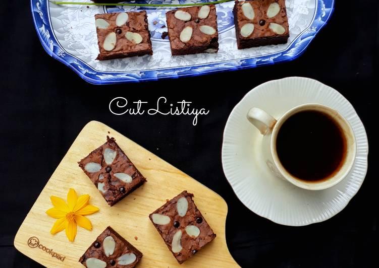 Chewy & Shiny Crush Brownies