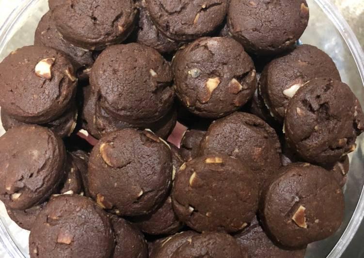 Resep Choco milo almond cookies, Enak