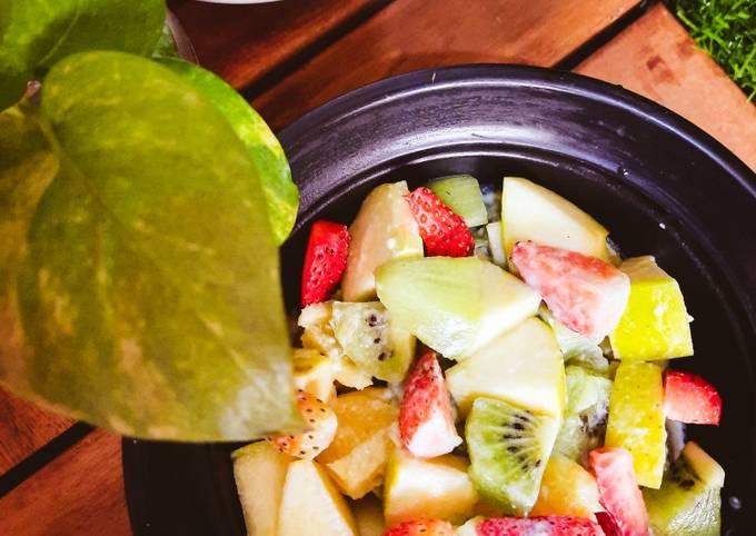 Simple Way to Prepare Homemade Fruit Salad