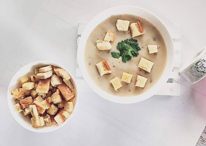 Mottainai : Crouton & Mushroom Soup 🍄🍲