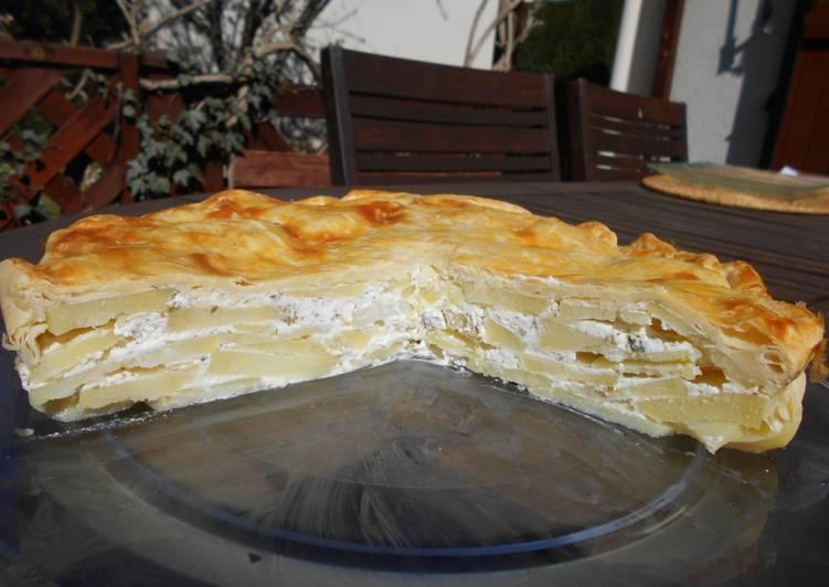 Tourte aux pommes de terres fromage frais et persil
