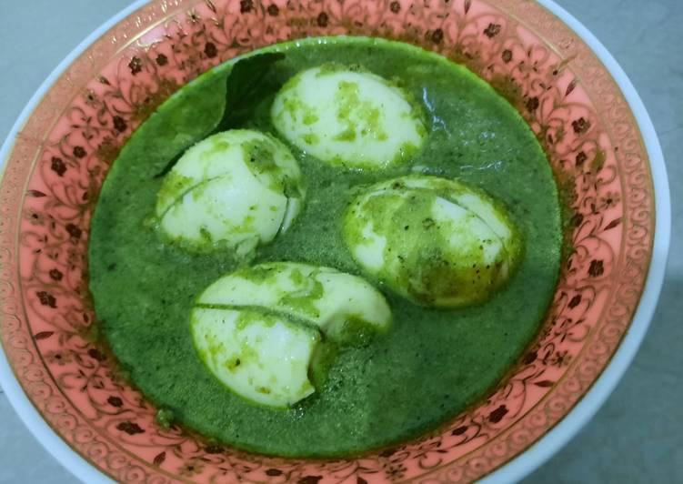 Telur kare hijau