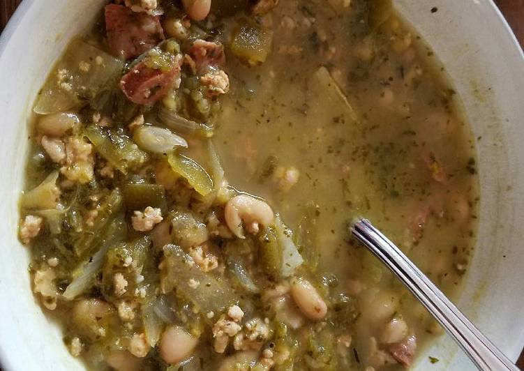 How to Make Quick Chicken Chile Verde Soup