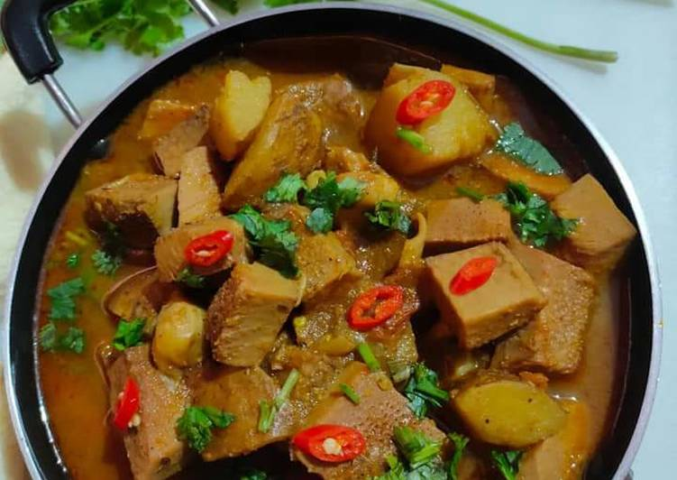Recipe of Award-winning Raw Jackfruit Curry Odisha Style