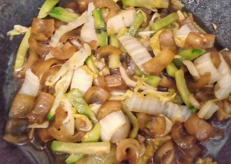 How to Make Favorite Nappa Cabbage Beef Gravels and Chayote Stir Fry