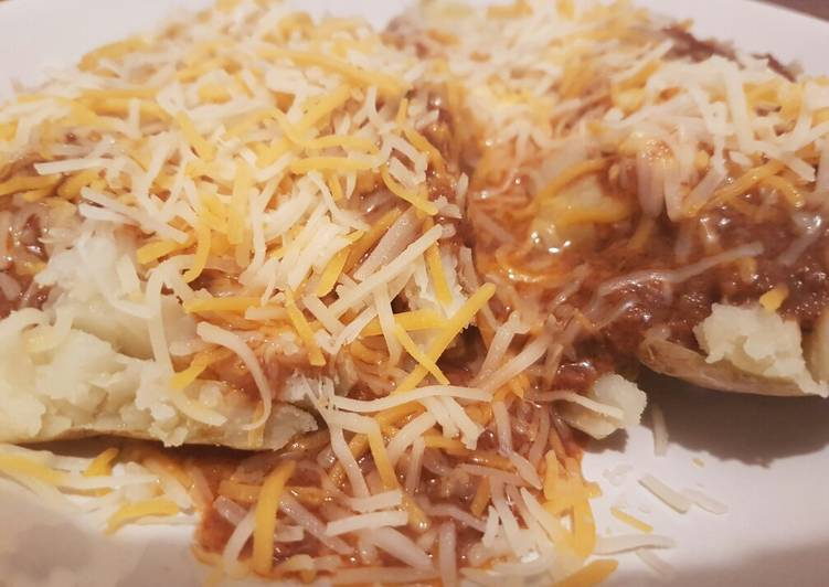 Recipe: Perfect Chili cheese stuffed potatoe