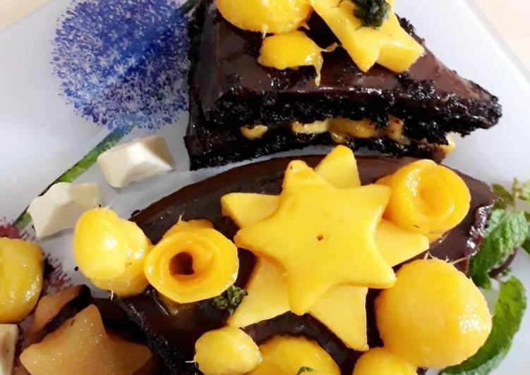 Mango & Chocolate cake
