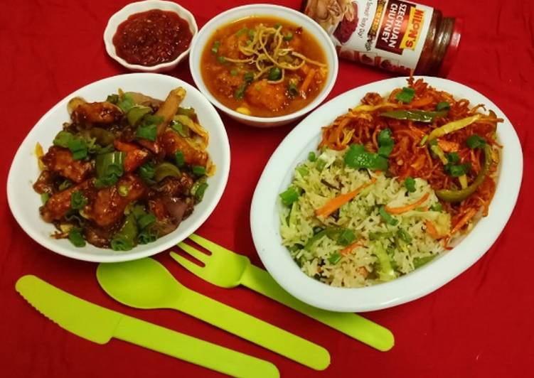 Chinese thali Veg triple schezwan fried rice with gravy