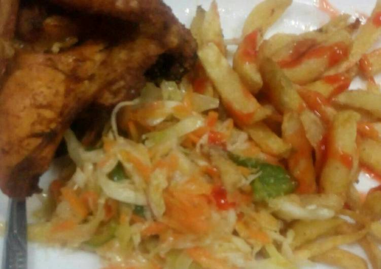 Fried chicken periperi with French fries