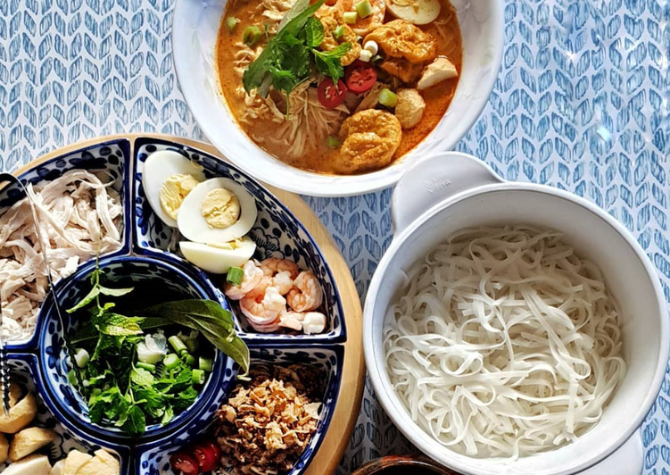 Eat These 14 Superfoods to Go Green for Great Health Curry Laksa