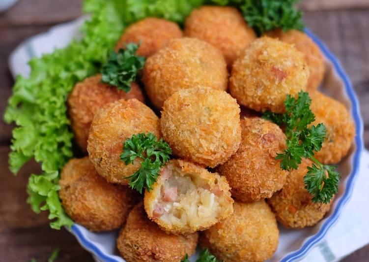 resep olahan praktis bola kentang sosis