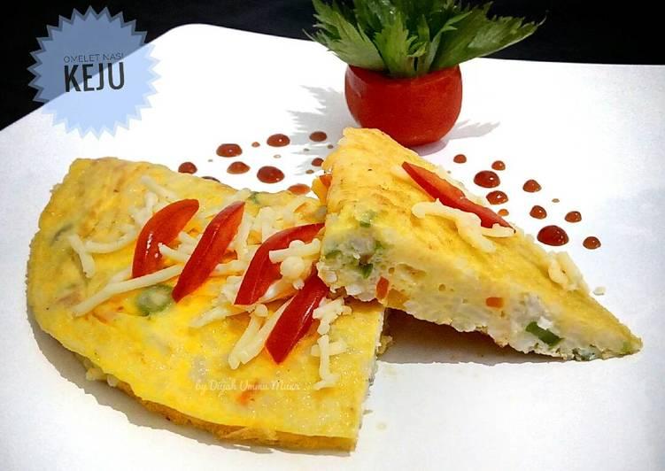 Omelet Nasi Keju Praktis [Sarapan Hari 3]