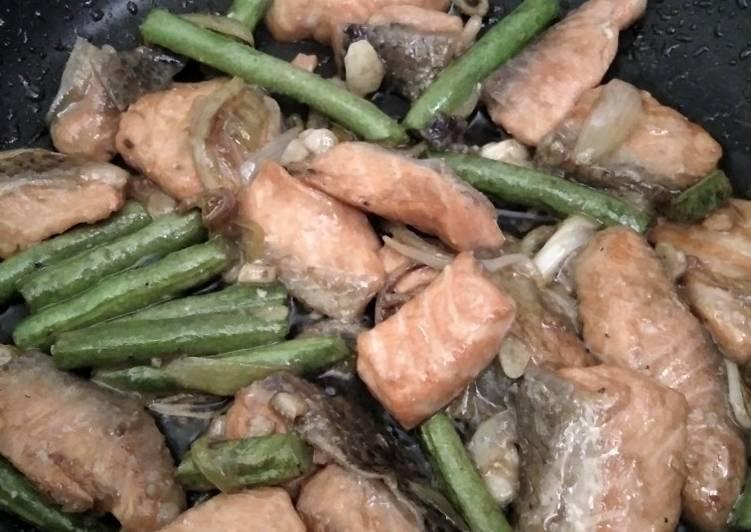 Salmon Buncis saus Tiram simple!˙˚ʚ(´◡`)ɞ˚˙