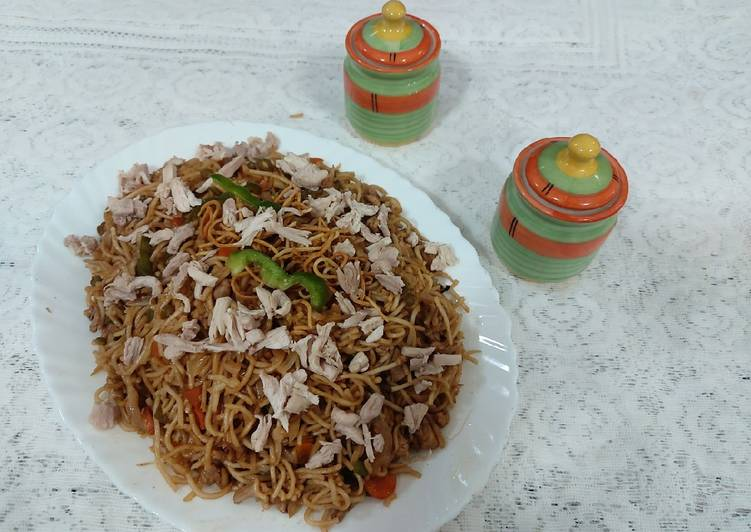 Chicken noodles / tasty chatpata noodles