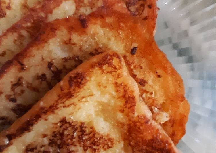 Steps to Make Quick French toast