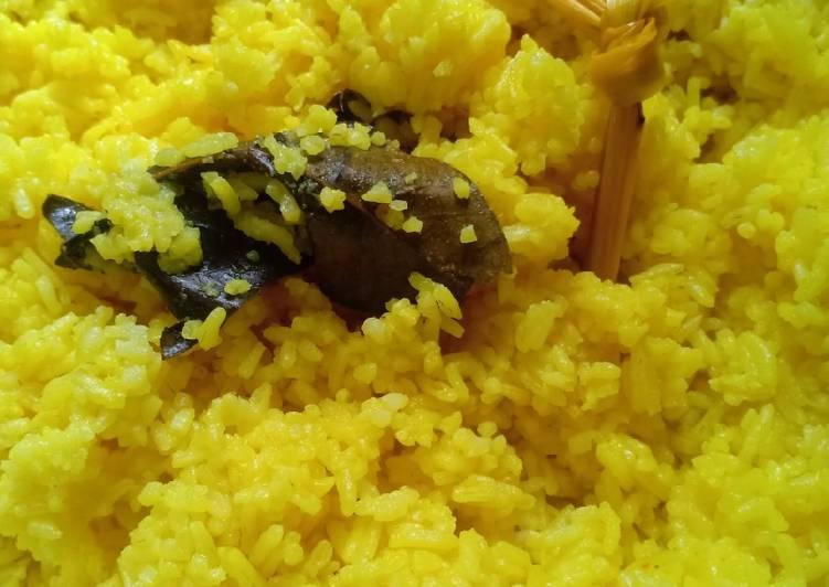 Nasi kuning (No Santan)