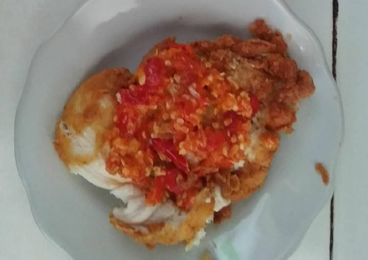 Ayam geprek maknyoss