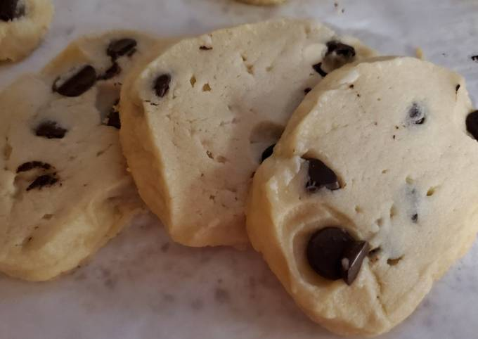 My Chocolate Chip Shortbread Cookies