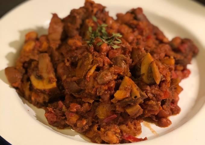 Venison, mushroom and borlotti bean stew 🦌 🍄