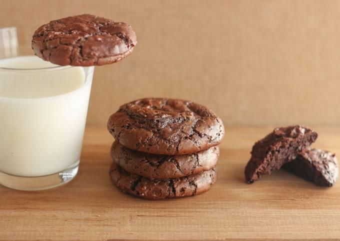 Brownie Crinkle Cookies [No Flour]