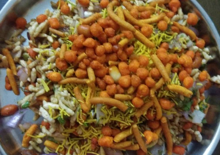 Chatpata Bhel in home
