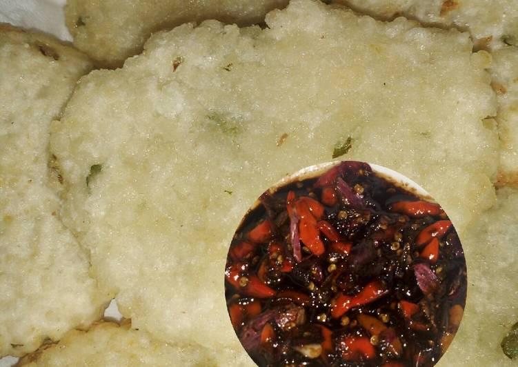 Cireng nasi sambal kecap pedas