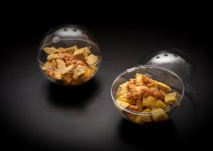 Boules de foie gras aux poires caramélisées