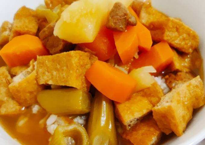Stewed vegetables with roasted meat