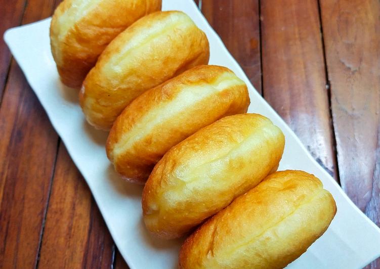 Donat kentang empuk white ring