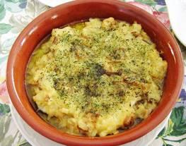 Merluza en salsa verde y champiñones al horno