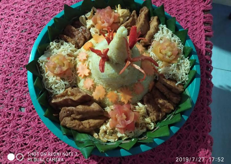 Nasi kuning tumpeng magic com