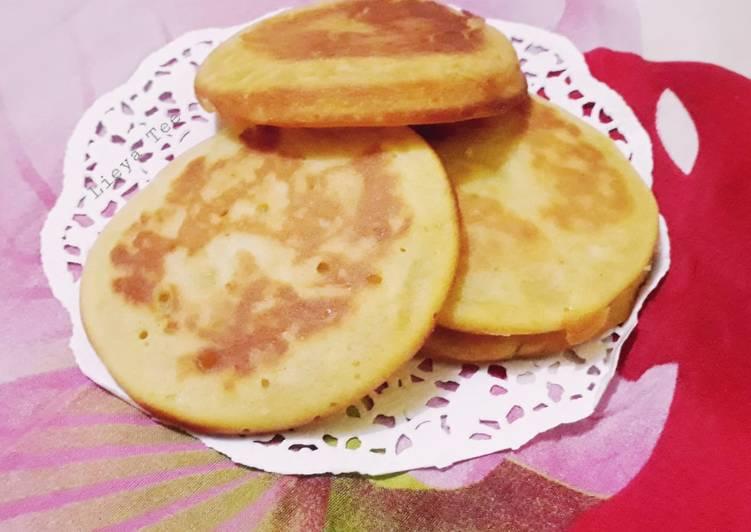 Kue Kamir Tape (Palmia Butter Margarine) - cookandrecipe.com