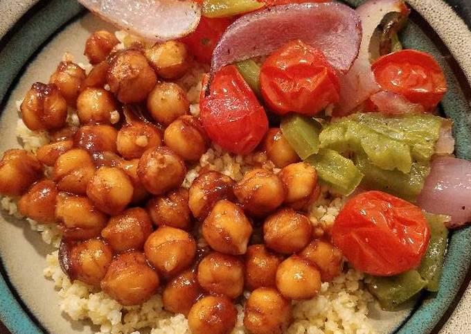 BBQ roasted chickpea bowls (vegetarian / vegan)