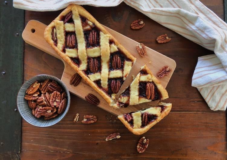 Ricetta Crostata vegana con marmellata di prugne e noci pecan